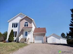209 000$ - Maison 2 étages à vendre à Mont-Laurier