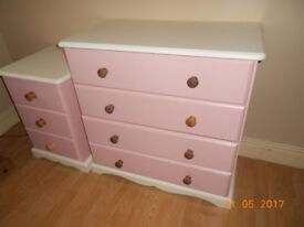 bed , chest of drawers & locker