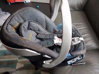 Cybex Aton baby car seat and ISOfix base