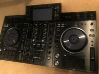 Pioneer XDJ RX2 - immaculate condition (hardly used)