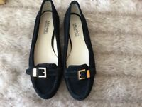 Genuine Micheal kors pumps black suede uk 4 -£40