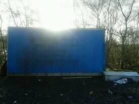 Luton truck box