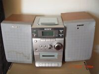 SONY MIDI HI FI IN GOOD CONDITION