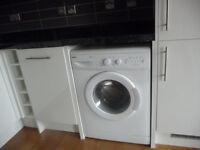 Washing machine white Beko WM5140W Freestanding 1400rpm 5kg load.