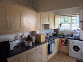 3 BEDROOM HOUSE, Bodley Road, Cowley/Littlemore, Oxford