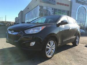 2012 Hyundai Tucson 1 Owner * ALL WHEEL DRIVE * Leather * Panora