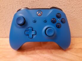 Xbox Wireless Controller Blue Edition Xbox One X / One S / Windows 10 Boxed VGC