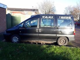 Peugeot expert heackney taxi disable rack 8 seater