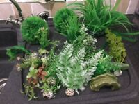Artificial fish tank plants