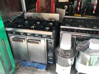 CATERING COMMERCIAL 6 RING GAS COOKER WITH OVEN UNDER RESTAURANT CAFE SHOP TAKE AWAY CHICKEN CAFE