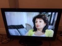 """Technika 32"""" lcd tv DVD hdmi"""