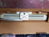 Knittax knitting machine garter bar loads of yarn