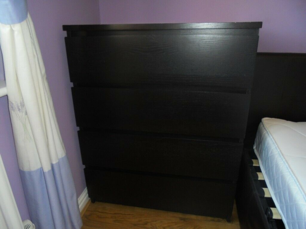 Ikea Bedroom Furniture 4 Drawer Chest 2 X Bedside Cabinets Good Condition Very Sy