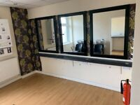 Barbers / Nail Salon / Hair / Beauty / Treatment room etc For Rent
