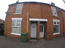 2 Bed house with enclosed garden for rent in Newark