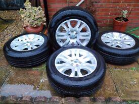 "Range/Land Rover ""18 alloy wheels"