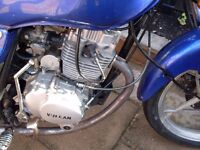 125 cc mot to next july (2017) 5 gears 70 mph starts first time cheap bike all working mature owner.