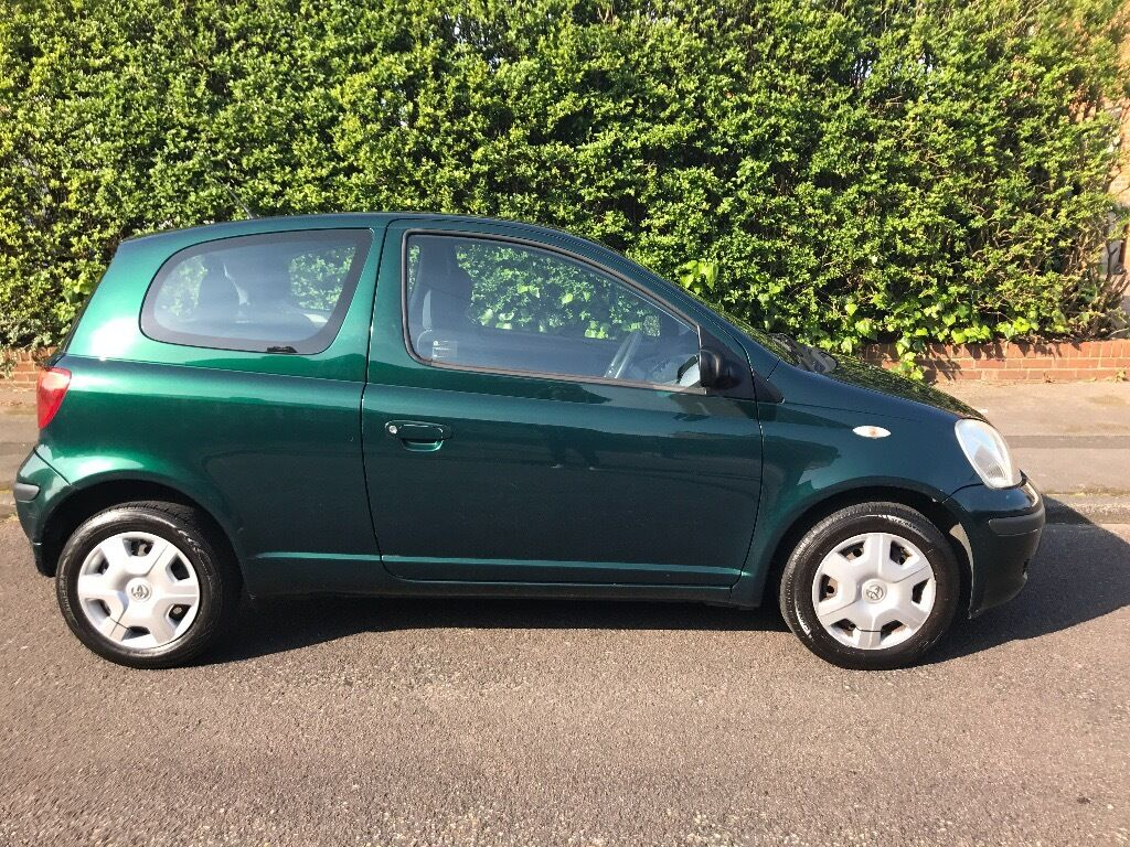 toyota yaris 2004 reliable car high mpg 1st to see will buy in bournemouth dorset. Black Bedroom Furniture Sets. Home Design Ideas