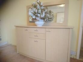 Sideboard / unit with mirror