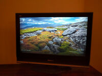 "Panasonic Viera TX-32LMD70A 32"" HD LCD TV w/ Freeview(£70 OBO)"