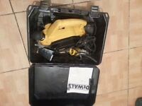 Dewalt power planer DW680l-xw