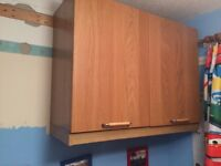 2 x wall mounted cupboards