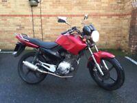 Yamaha YBR125 YBR 125 Motorbike Motorcycle Red