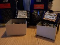 2 X 2.5kg BOXES OFJEWSON NAILS & 2 X BOXES OF 100 & 200 CHIPPY SCREWS