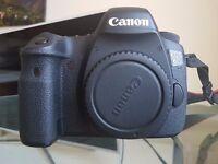 Canon 6D mint conditions. 5 batteries plus extras