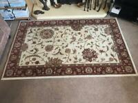 Traditional Style 100% Woollen Rug L66in/168cm x W42in/147cm Good condition R141