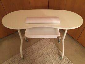 Folding Manicure Table