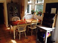 Lovely double room in friendly houseshare