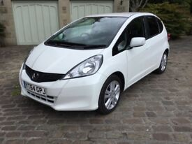 Honda Jazz 1.4 I-vtec Es Plus 5 Door White Orchid