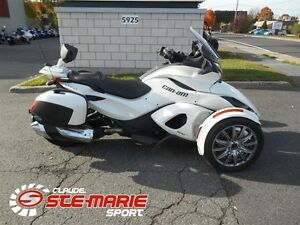 2013 can-am Spyder ST Limited -