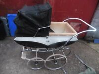 VINTAGE PEDIGREE CROWN COACH BUILT PRAM