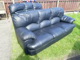 Black leather sofa. 2seater and 3 seater