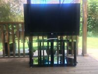 TV & Stand LG LCD 42inch Freeview