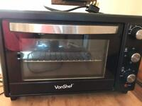 Mini oven by Vonshef available still due to time waster