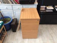 3 drawer lockable filing cabinet