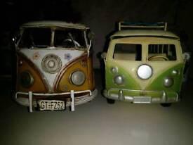 Metal decorative camper vans
