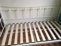 Metal bed frame (single)