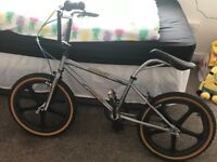 2007 Raleigh burner limited edition, 1 of only 100 made for 25th anniversary £200