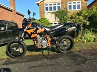 KTM640 SM LC4 Black and Orange exceptional condition