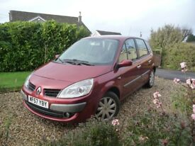 Renault Scenic Automatic (Red). MOT and Service end Dec. Nearly new tyres x 5
