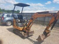 Case 1.5 tonne mini digger. Good genuine machine go straight to work