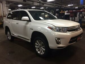 2013 Toyota Highlander Hybrid Limited - 4 new MICHELIN tires