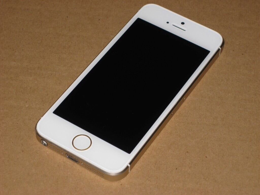 iPhone 5s 16gb whitein Barwell, LeicestershireGumtree - iPhone 5s 16gb white 16gb and case Great condition EE £130 Call 07983531471