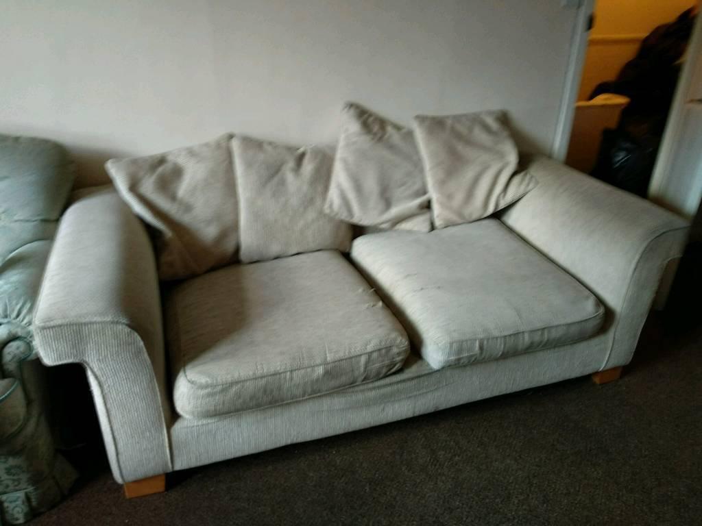 3 2 Used Sofas