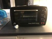 New mini oven grill plus twin hob. Never used. Brand new with instructions. Fab mini kitchen