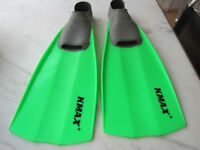 Mens snorkelling KMAX flippers/fins XL=US11-12/44-45 /Uk10-11 Used for just one holiday.